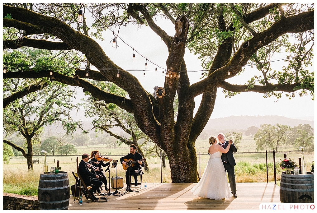 Bay Area Wedding Photographer Hazel Photo First dance under and oak tree